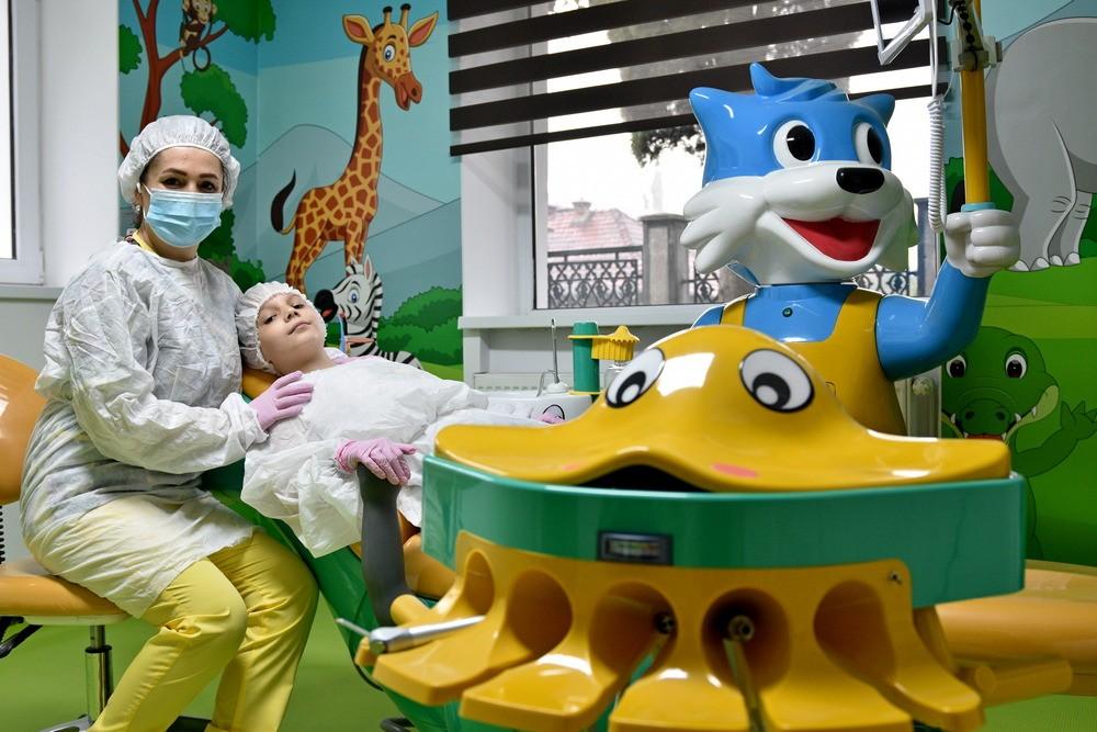extractie dentara copii, extractie dentara copii brasov, extractie masea de minte